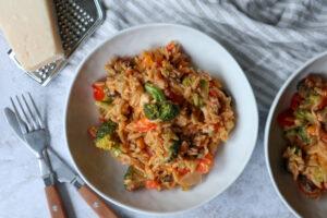 Romige orzo met kip en broccoli